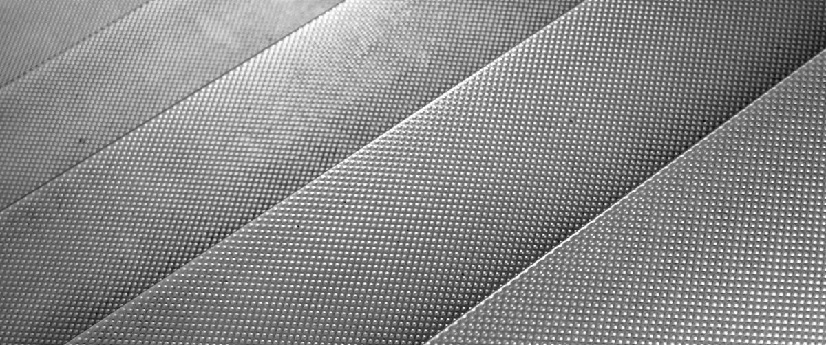 Fabrication et installation de marche en fibre de verre Montréal, Laval, Rive-Sud et Rive-Nord - Fibre de Verre Montréal situé à ville Saint-Laurent